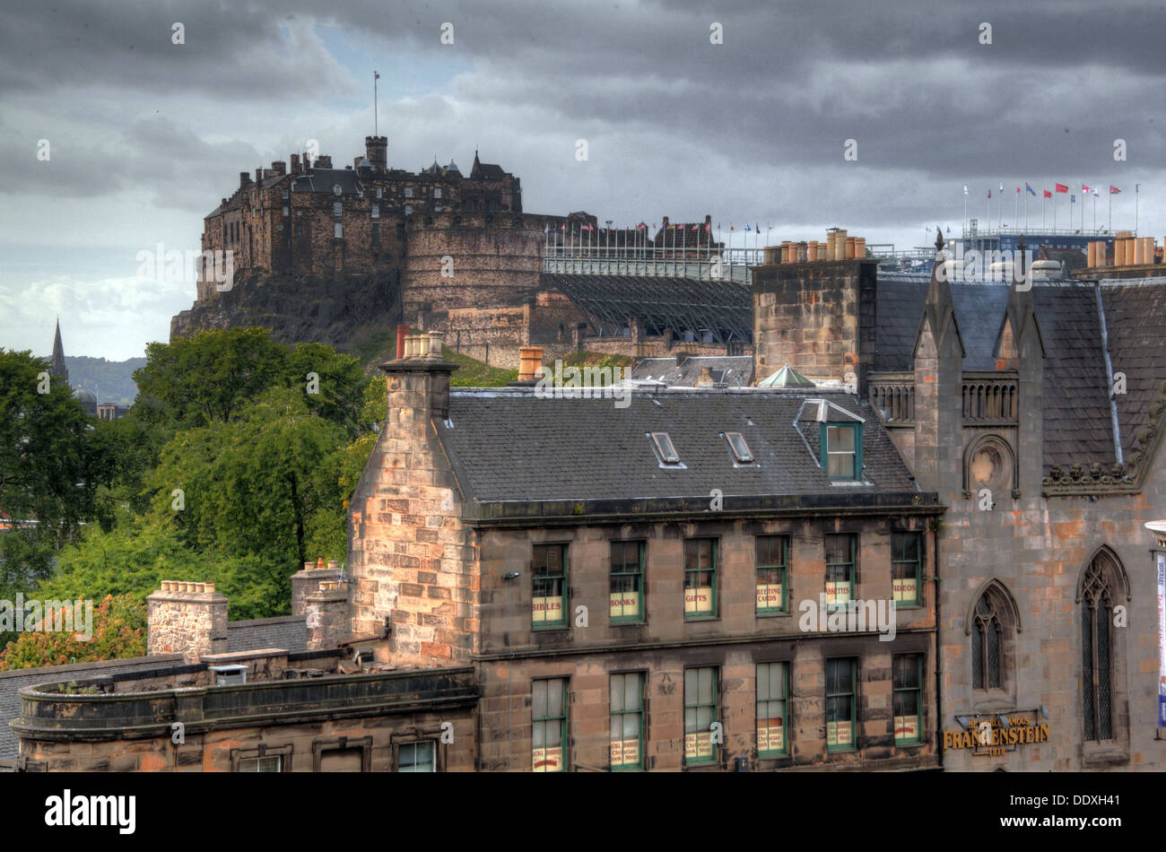 Stormy day at Edinburgh Castle, The Mound, Edinburgh, Scotland, EH1 - Stock Image