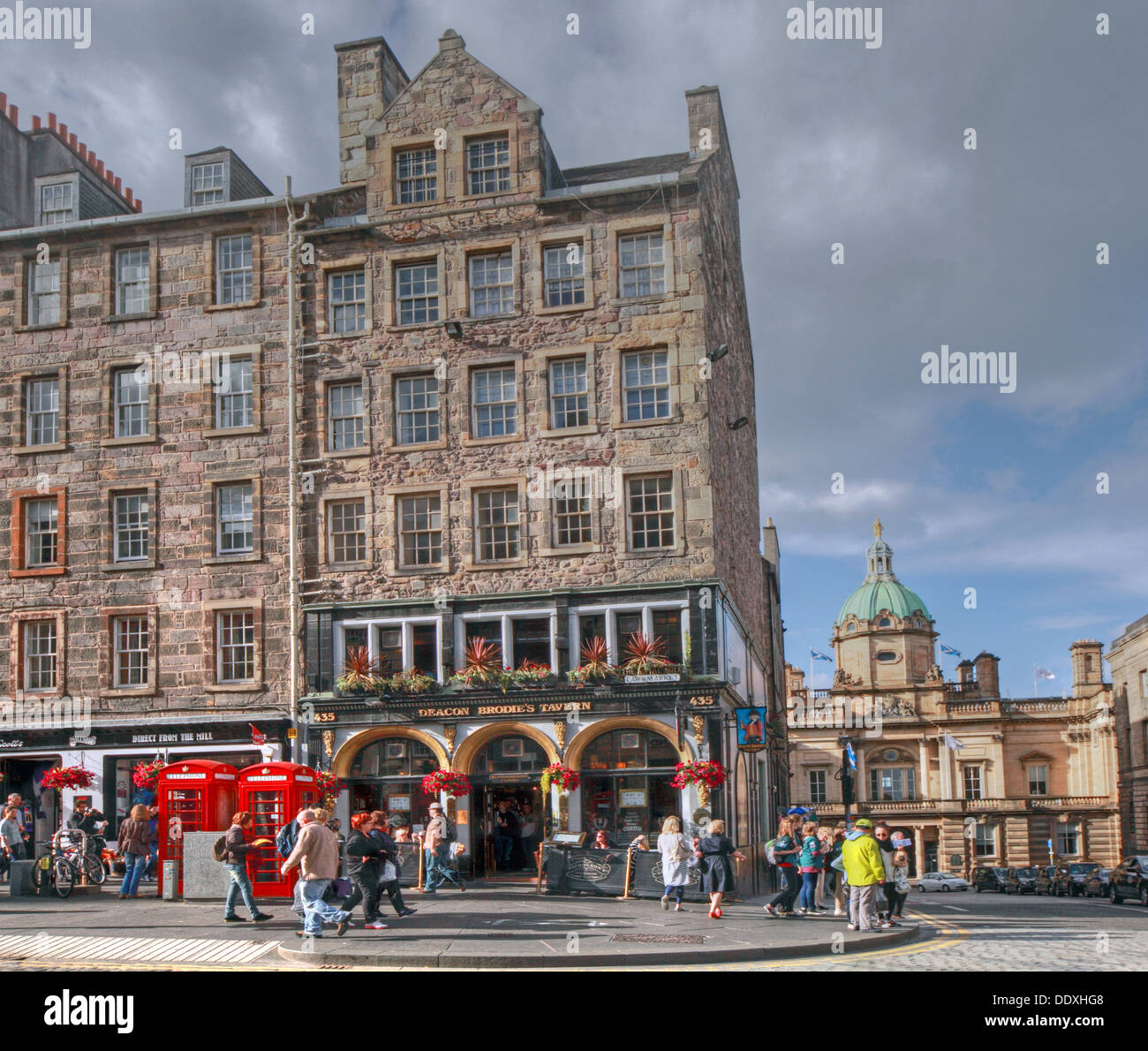 Deacon Brodies Tavern, Royal Mile, EDN, Edinburgh City, Scotland, UK - from High St - Stock Image