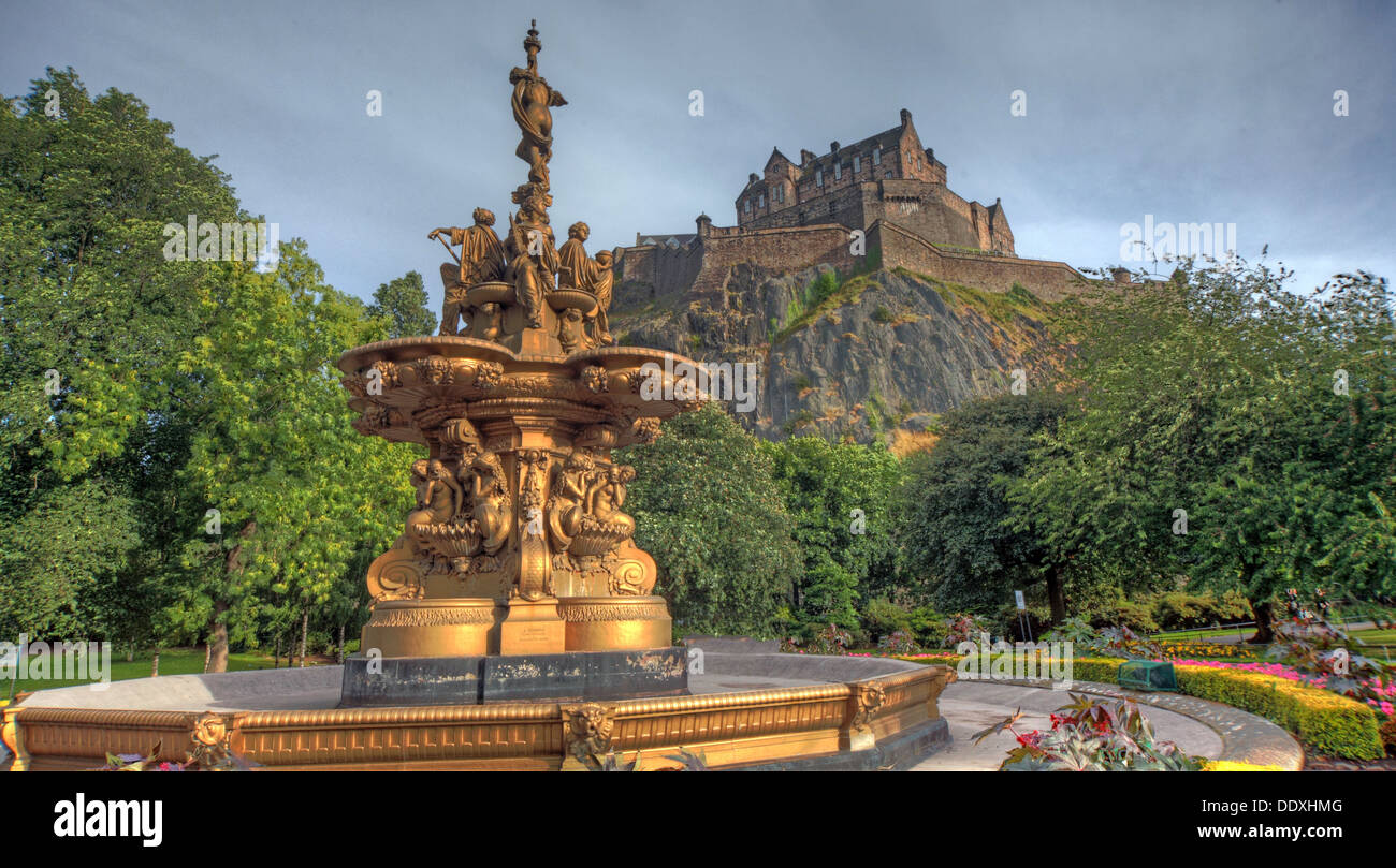 Princes Street Gardens, Gold Ross Fountain, Edinburgh, Scotland, UK, EH2 2HG - Stock Image