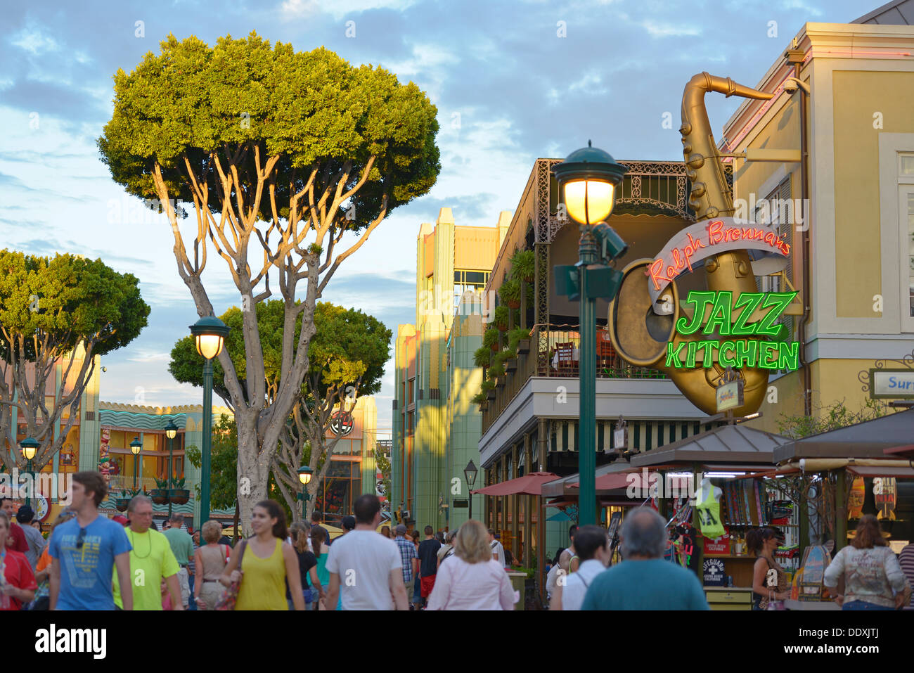 Disneyland, Downtown Disney, Restaurant Jazz Kitchen, and Shops ...