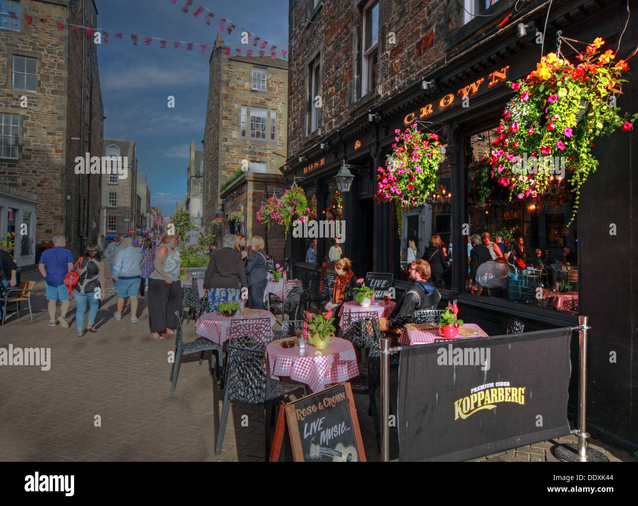 Rose Street,Edinburgh,Scotland,UK a place to drink,eat,party, TheCrown Stock Photo
