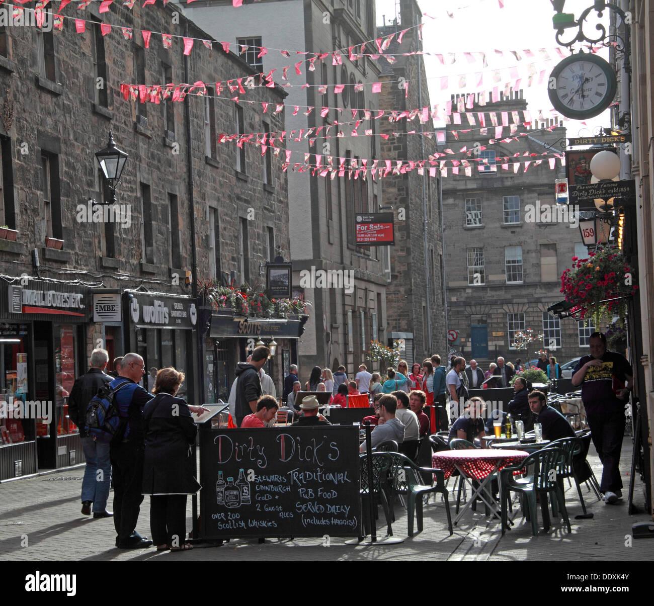 Rose Street,Edinburgh,Scotland,UK a place to drink,eat,party - Stock Image