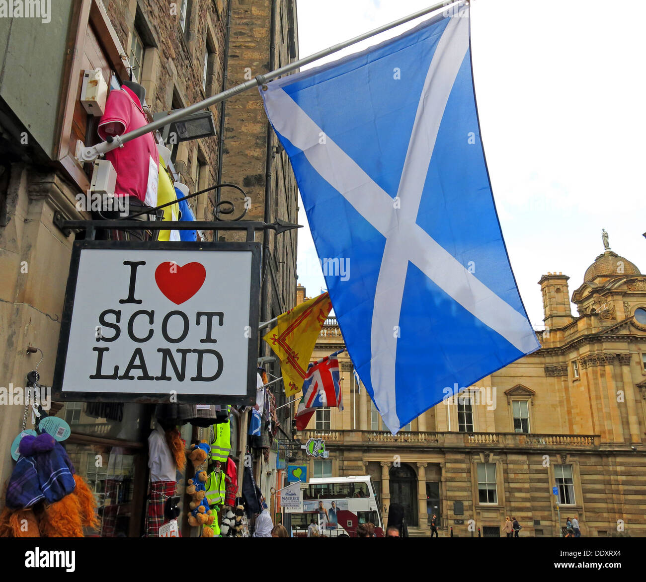I love Scot Land shop Edinburgh Scotland UK with Scottish flag the saltire white cross on blue background - Stock Image