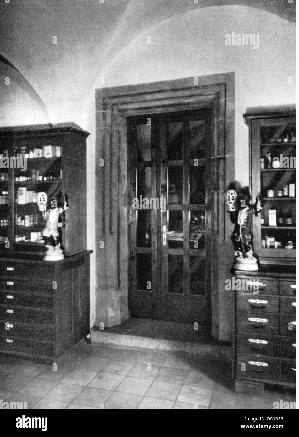 medicine, pharmacy, pharmacy, Mohren-Apotheke, Bayreuth, built after plans by Michael Mebart (circa 1573 - 1621), - Stock Image