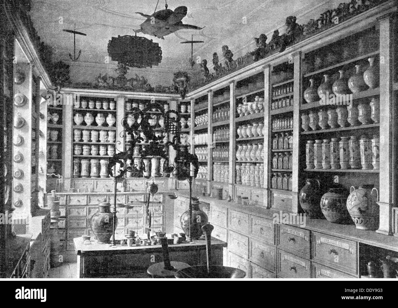 medicine, pharmacy, pharmacy, salesroom, National Museum of Germanic History, Nuremberg, 19th century, 19th century, sale, sales, selling, sell, medicinal drug, medicament, drugs, medication, pill, tablet, pills, tablets, retail store, retail outlet, retail stores, retail outlets, commerce, trade, economy, pharmaceuticals, pharmaceutical products, preparation, compound, pharmaceutical, remedy, remedies, pharmaceutics, pharmacology, shelf, shelves, vessel, vessels, medicine, medicines, pharmacy, pharmacies, drugstore, chemist's shop, drugstores, chemist's shops,, Additional-Rights-Clearences-NA - Stock Image