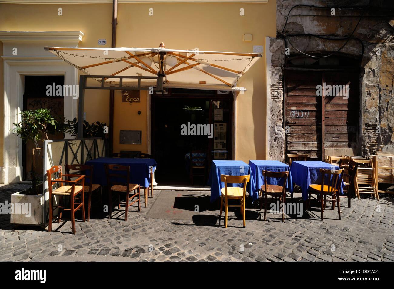 italy, rome, trastevere, via del vascellari 29, da enzo restaurant - Stock Image