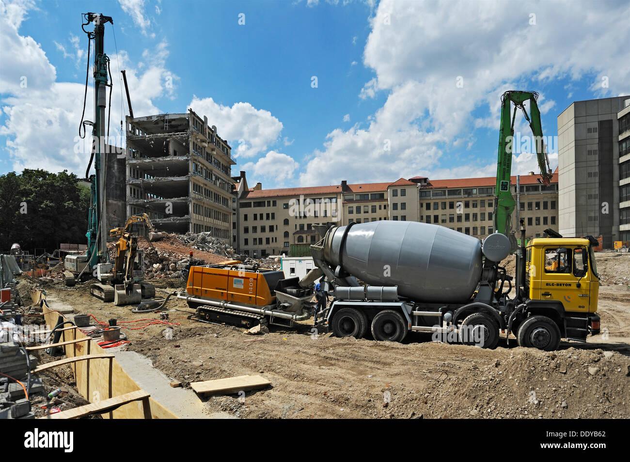 Concrete pump and demolition of housing blocks in Isartalstrasse, Munich, Bavaria, PublicGround - Stock Image