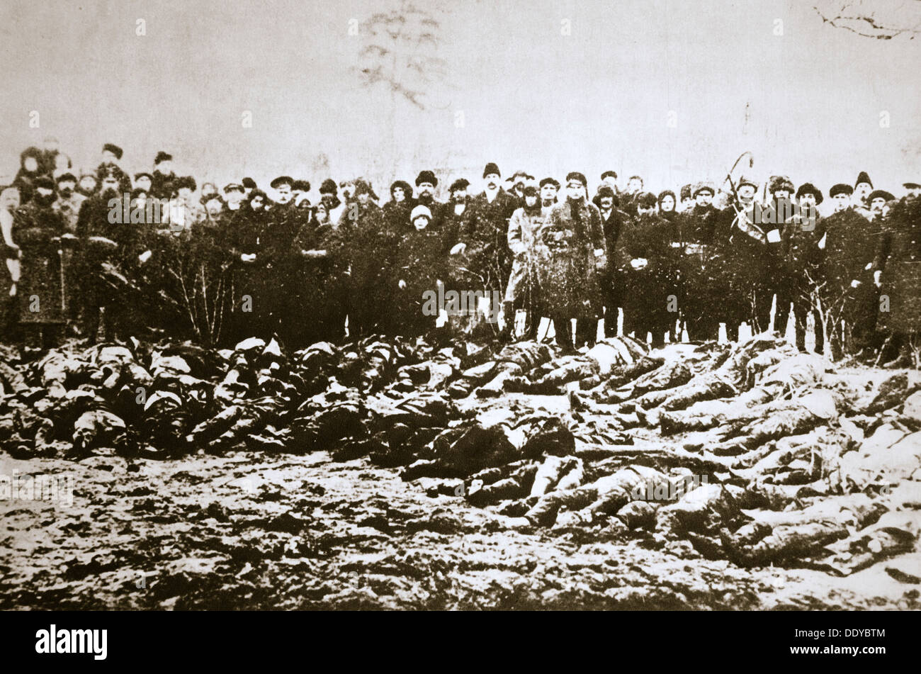 Casualties of the Red and White Armies in Siberia, Russian Civil War, c1918-c1923. Artist: Unknown - Stock Image