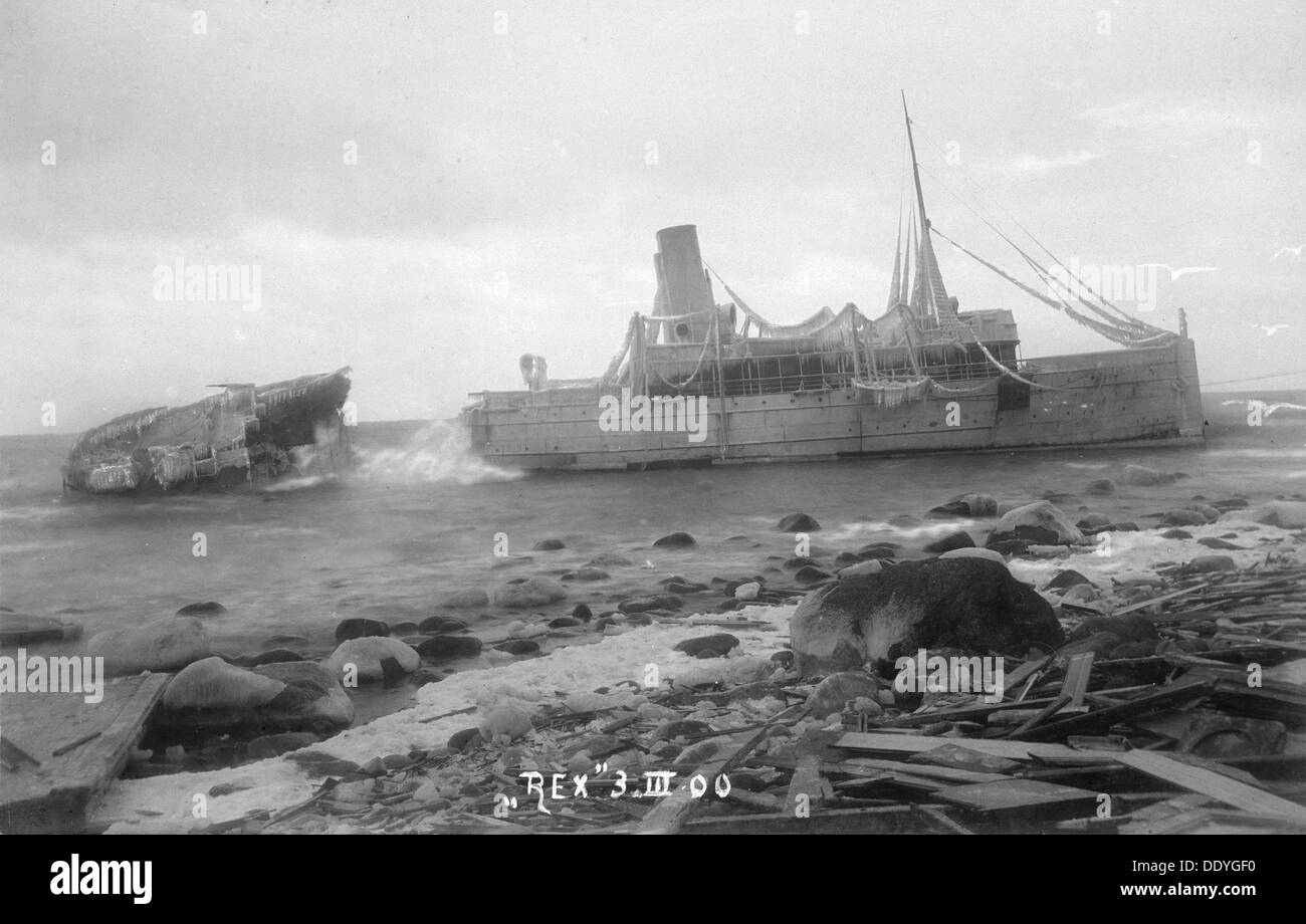 The mail Steamer 'Rex', wrecked near Lohme, on the north coast of Rügen, Germany, 3rd March 1900. The Swedish vessel ran aground in fog on 27th February. Five women were drowned trying to escape from the stricken vessel. The wreck later broke in two. - Stock Image