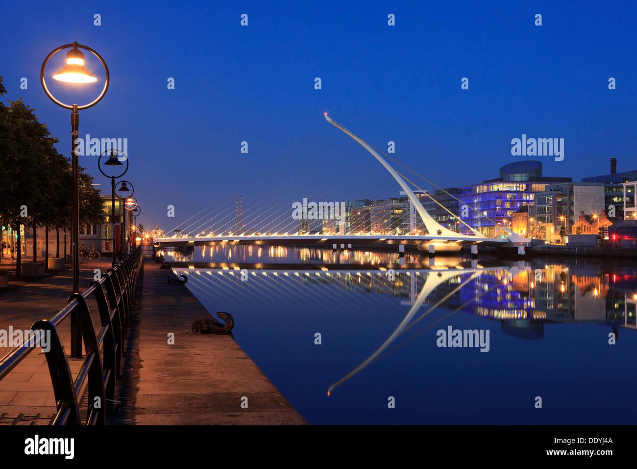 The Samuel Beckett Bridge (2009) by Santiago Calatrava in Dublin, Ireland - Stock Image