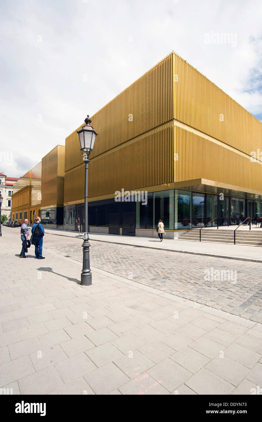 State Gallery Lenbachhaus Munich, after the total refurbishment in 2013, new building by Foster+Partners - Stock Image