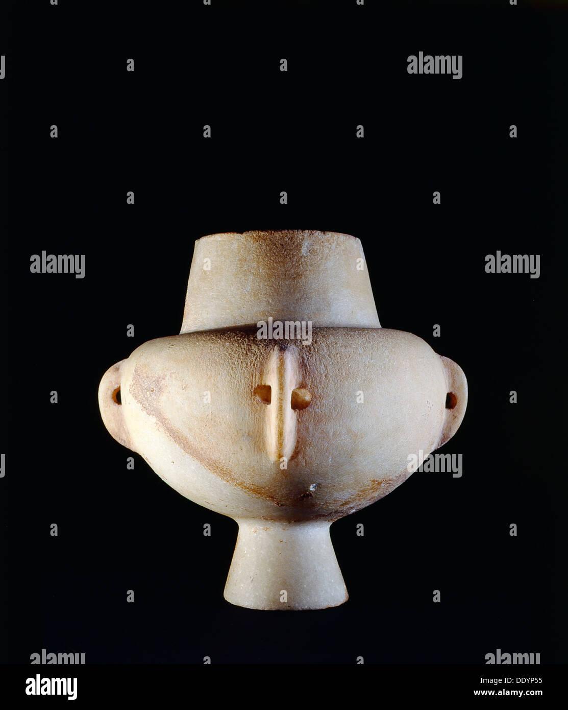 Ancient Greek Cycladic vessel, c3200-2800 BC. Artist: Werner Forman - Stock Image