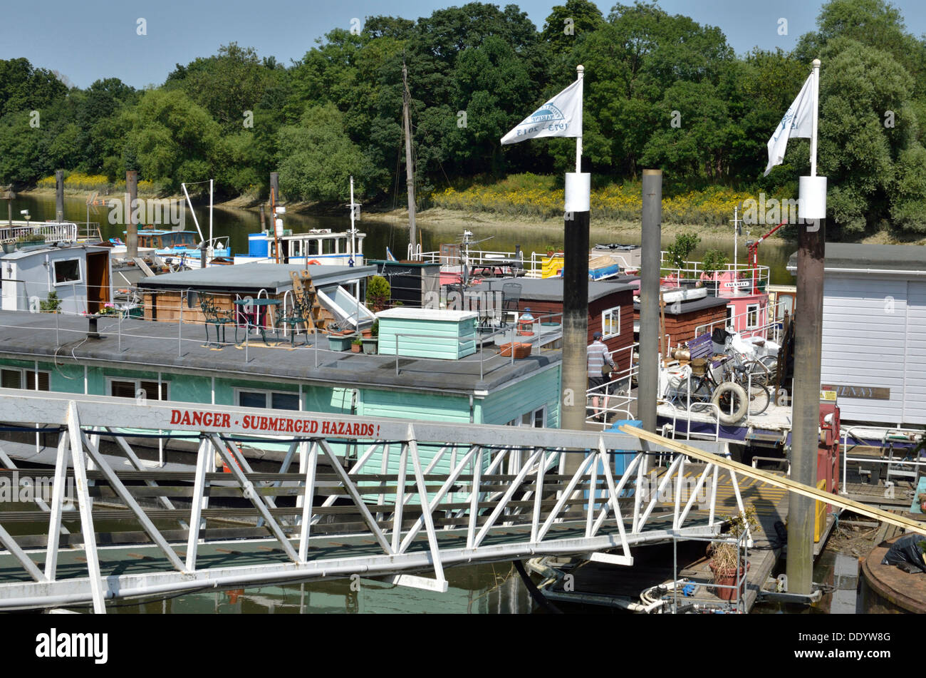 Houseboats on the River Thames at Isleworth, London, UK Stock Photo