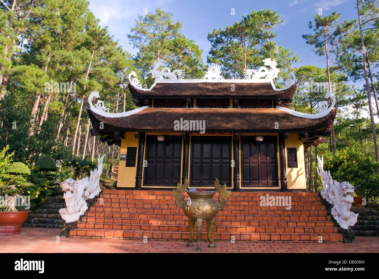 Truc Lam pagoda, Dalat, Vietnam, Southeast Asia - Stock Image