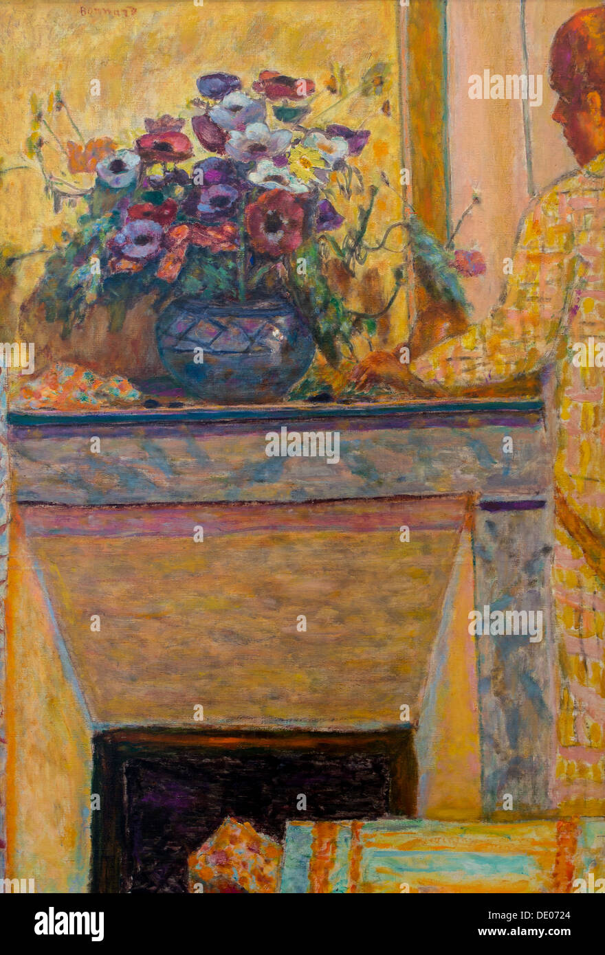 20th century  -  Flowers on a fireplace Cannet, 1927 - Pierre Bonnard Philippe Sauvan-Magnet / Active Museum oil on canvas - Stock Image