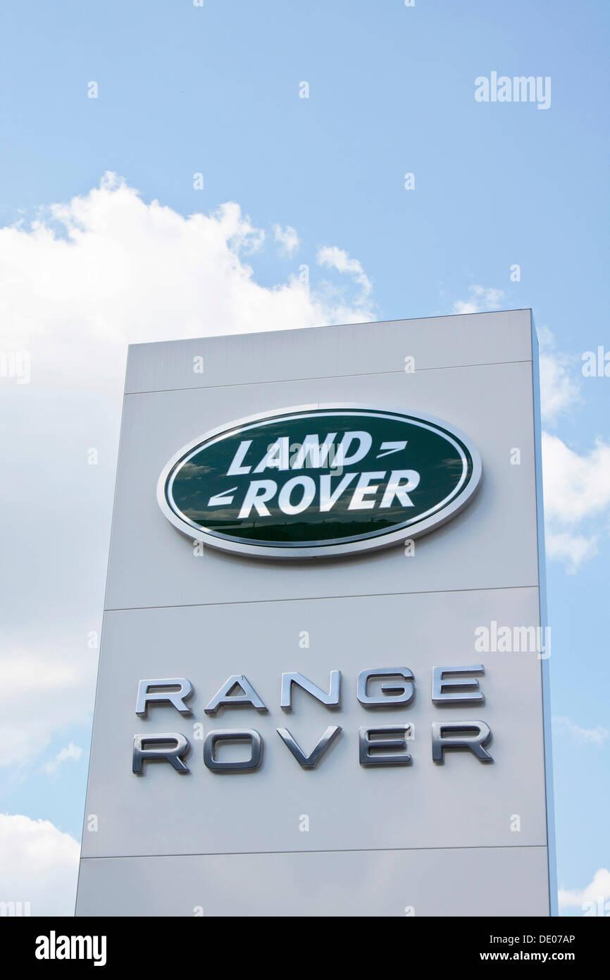 Land Rover, Range Rover, a British car manufacturer, logo, lettering - Stock Image