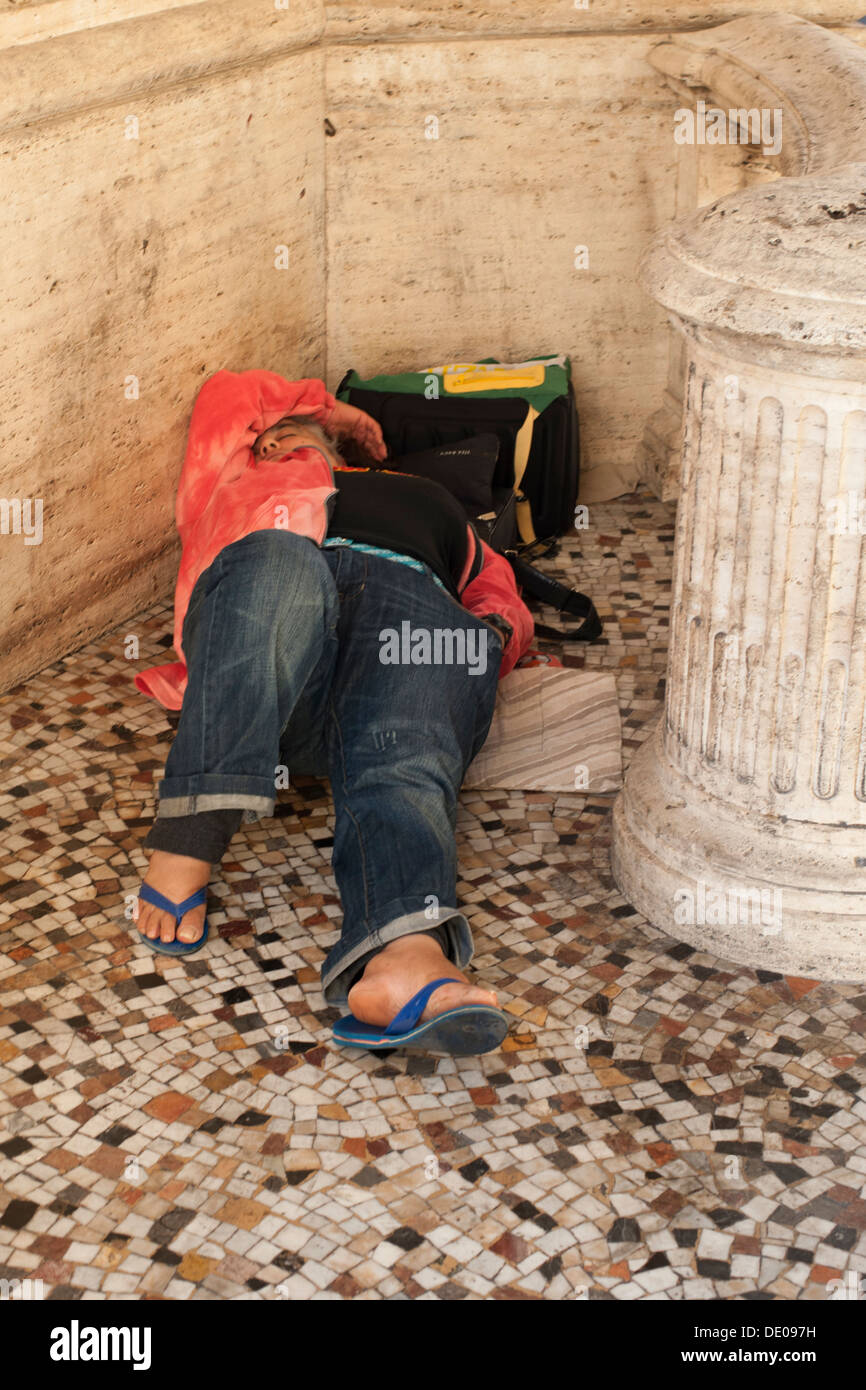 Homeless on the streets of Rome - Stock Image