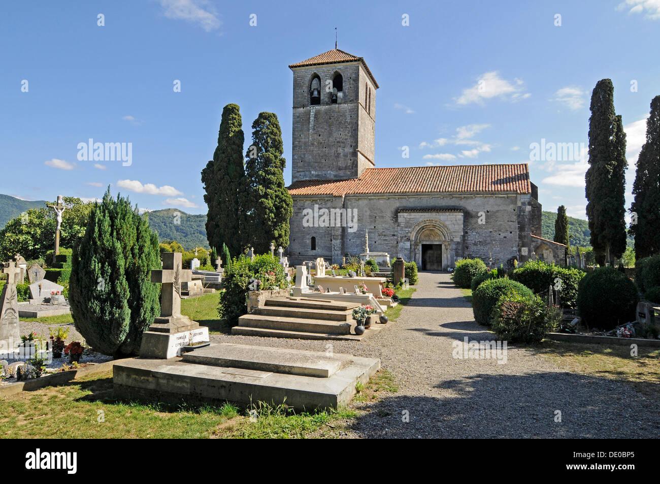 Basilica of Saint Just de Valcabrère, Way of St. James, Camino de Santiago trail, Saint-Bertrand-de-Comminges, Midi-Pyrénées - Stock Image