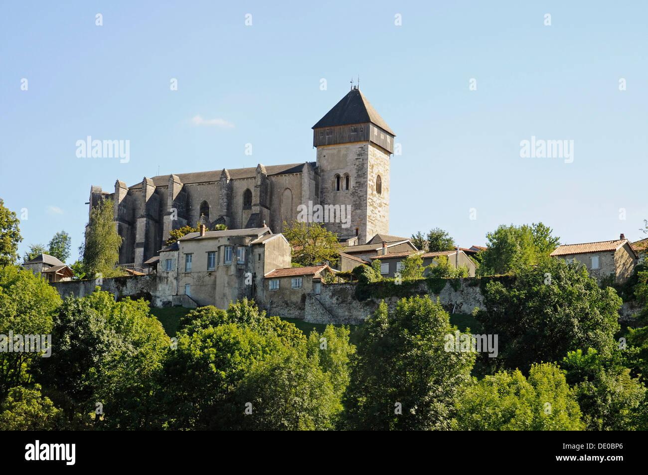 Notre Dame Cathedral, Way of St. James, Camino de Santiago trail, Saint-Bertrand-de-Comminges, Midi-Pyrénées, Pyrenees - Stock Image