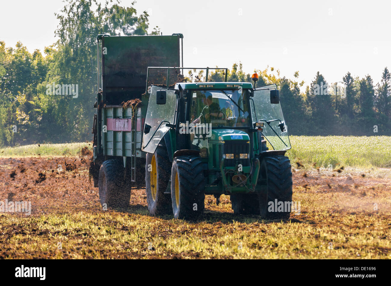 Working Manure Spreader : Spreader stock photos images alamy