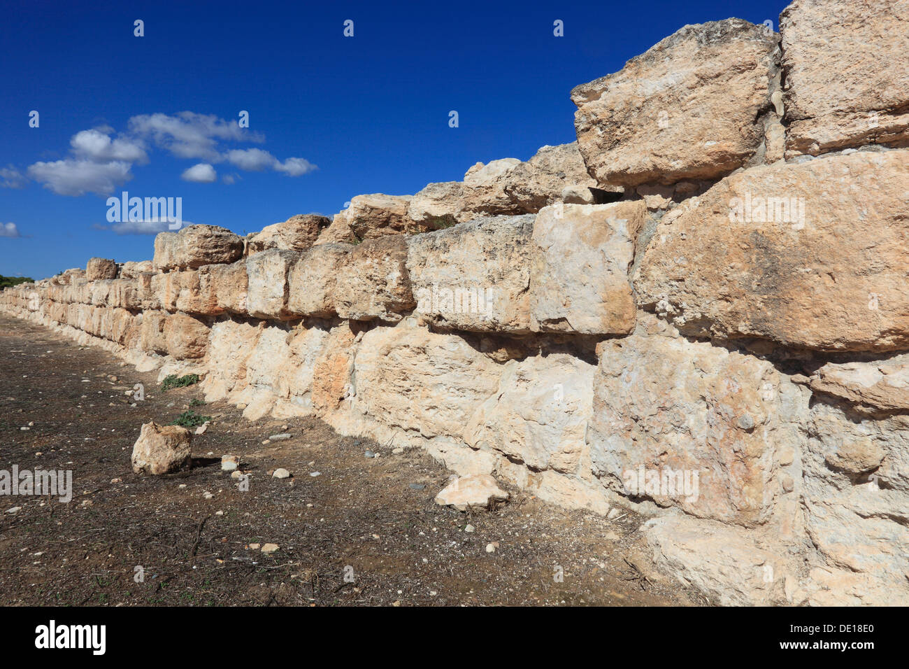 Cyprus, Kourion, Assyrian Ku-ri-i, ancient Greek, Latin, curium, historical, ancient site, old stadium wall - Stock Image