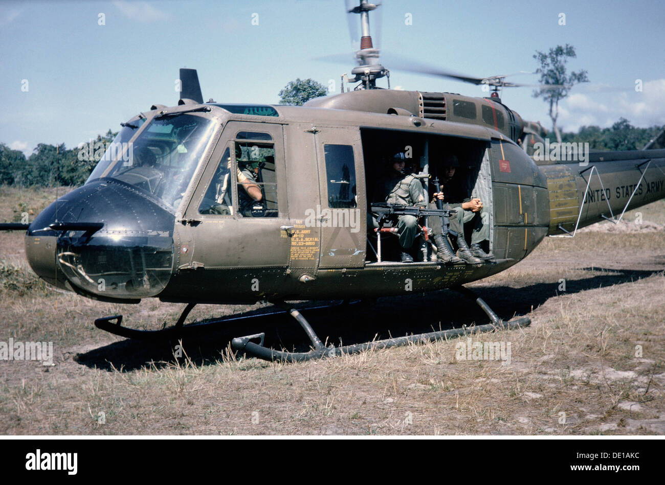Vietnam War 1957 - 1975, American soldiers in a helicopter ...