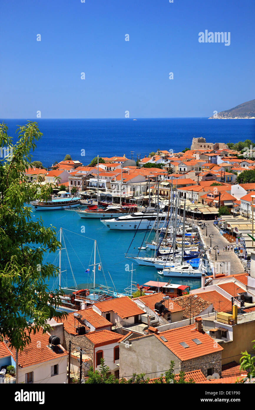 Pythagorio town, one of the most popular tourist destinations in Samos island, Aegean sea, Greece. - Stock Image