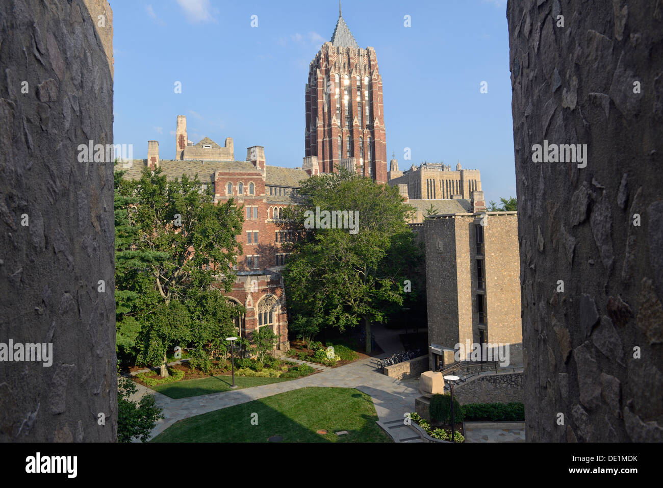 Yale University campus. Morse Residential Colllege.  Hall of Graduate Studies tower in middle. - Stock Image