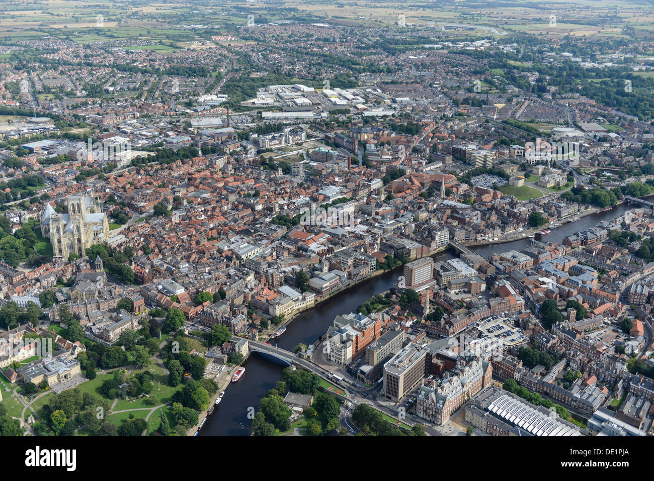 Aerial photograph of York City Centre with York Minster and the River Great Ouse - Stock Image