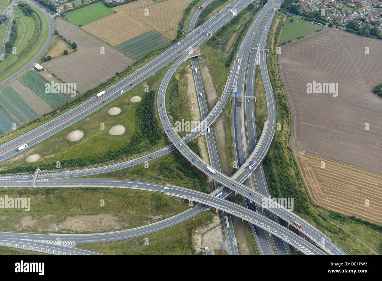 Aerial photograph of Junction 32A M62 A1(M) - Stock Image
