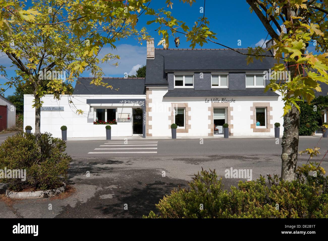 La Ville Blanche Stock Photos & La Ville Blanche Stock Images - Alamy