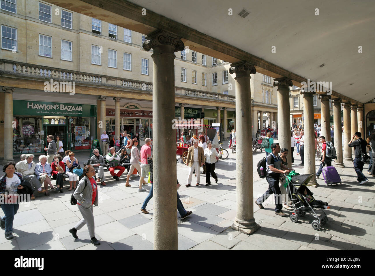 Colonnade, Stall Street, Bath city centre - separates Stall Street from the Abbey Churchyard, off to the right. - Stock Image