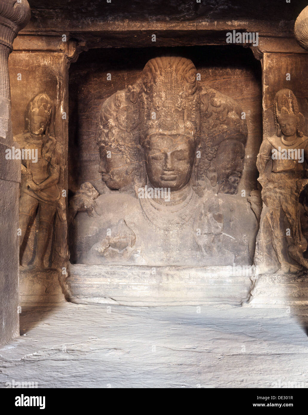 The Trimurti at the Temple of Shiva, Elephanta. - Stock Image