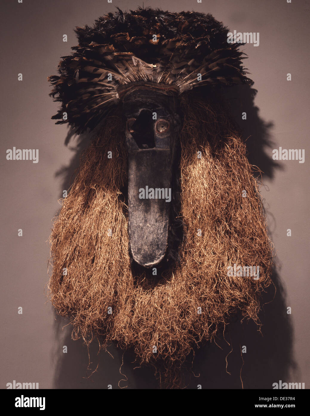 Toma mask, known as 'Landai' and representing a mythical bird, used at initiations, funerals and other ceremonies of the secret - Stock Image
