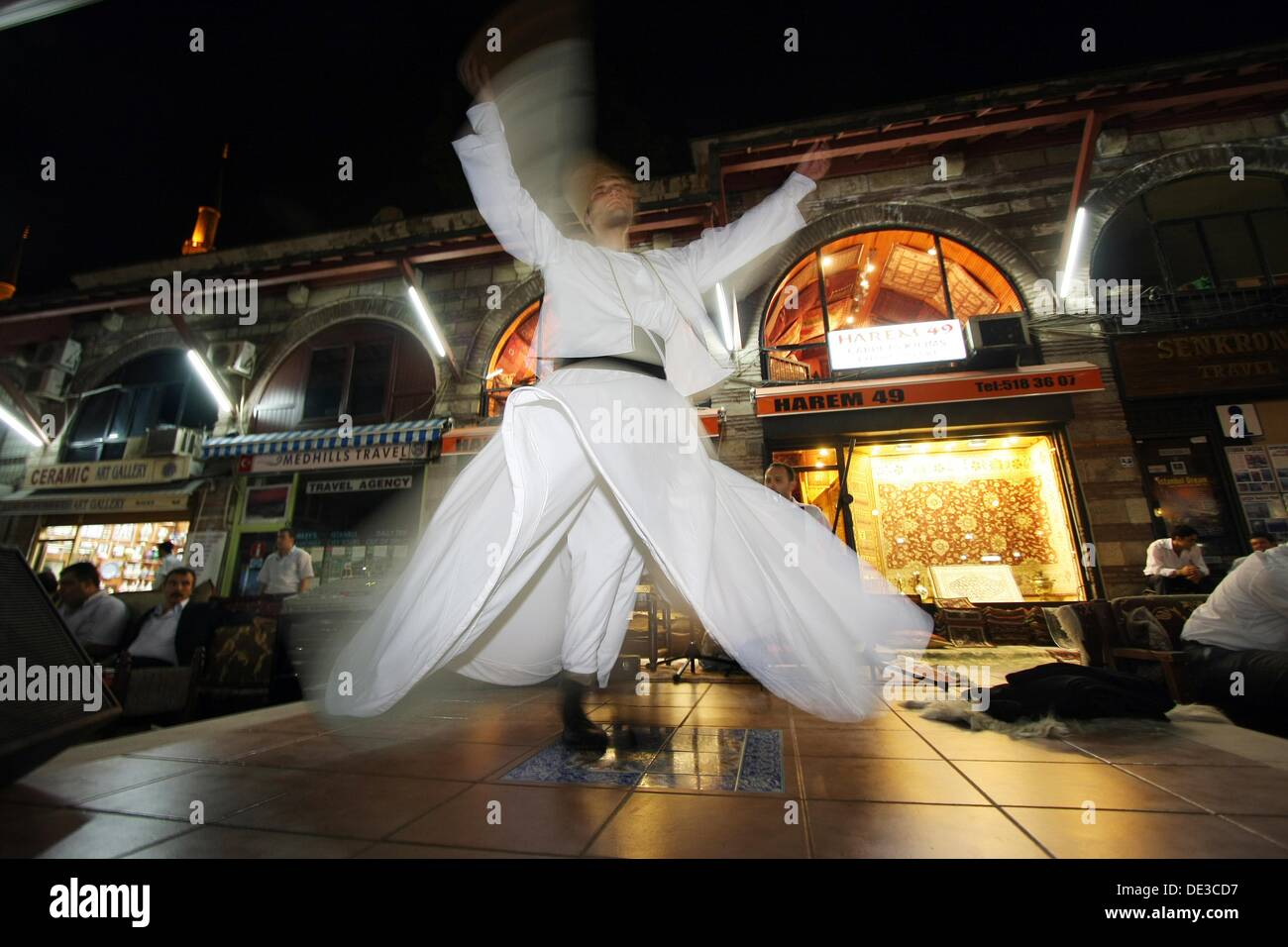 Whirling Dervishes, performing in the street, Istanbul, Turkey - Stock Image