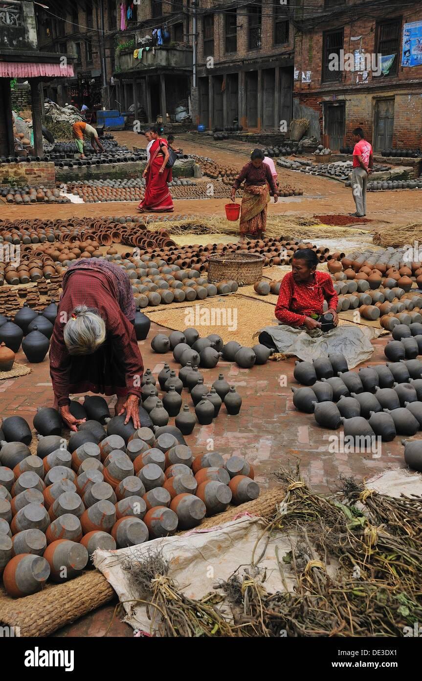 This area of thee town make ceramics, Bhaktapur Bhadgaon Kathmandu valley Nepali - Stock Image