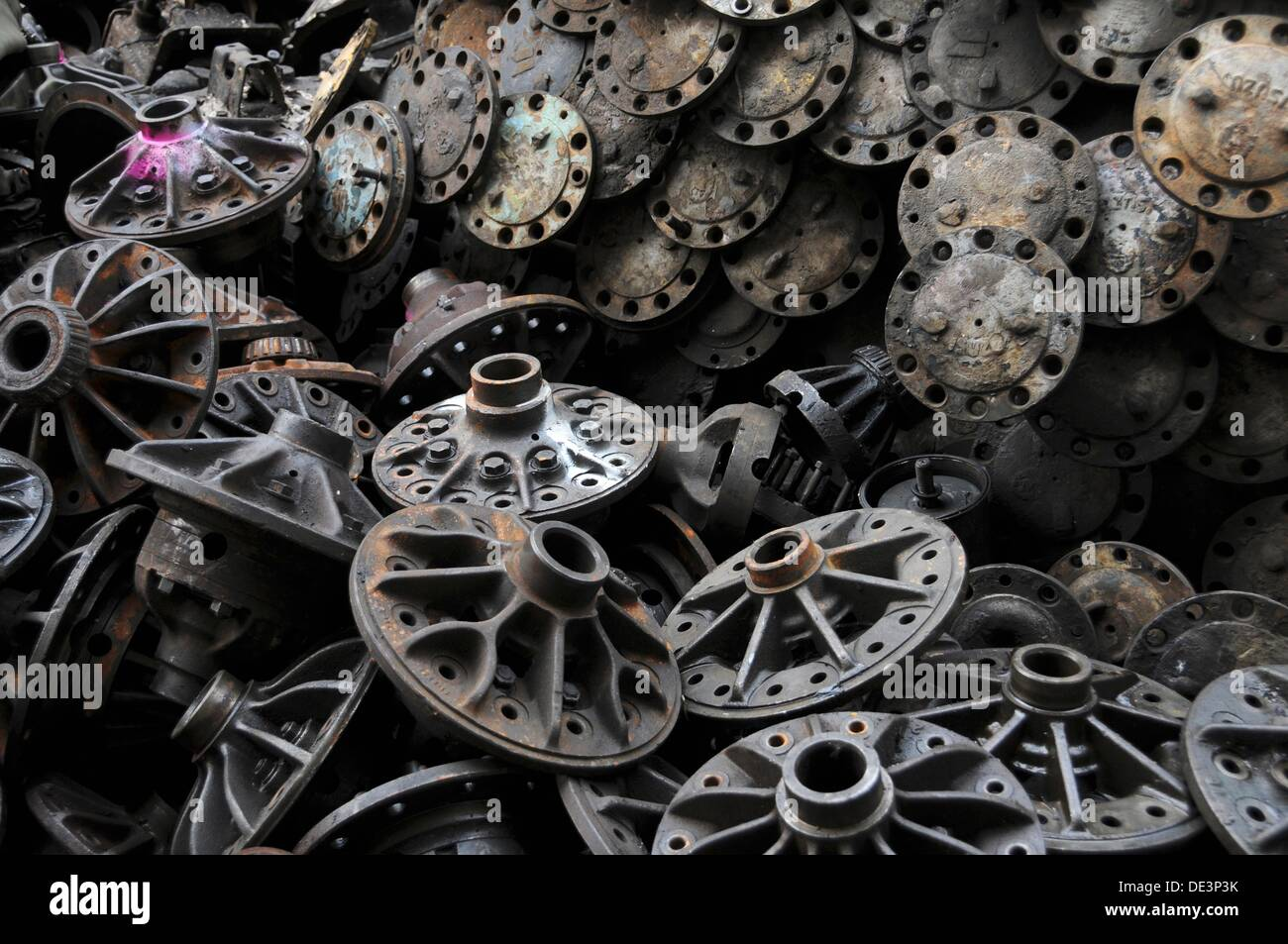 Used Auto Parts Stock Photos & Used Auto Parts Stock Images