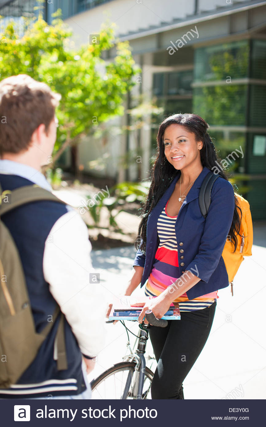 Students talking on campus - Stock Image