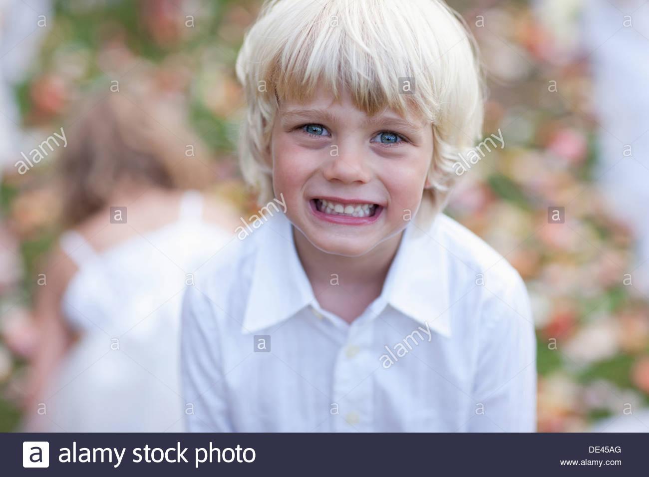 Boy at wedding reception - Stock Image