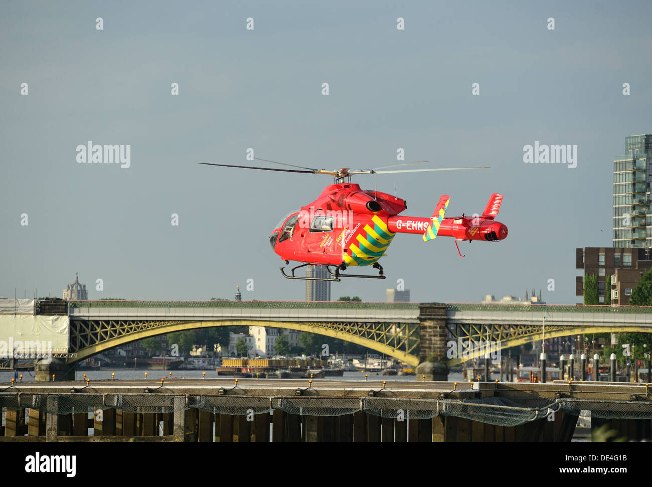 Helicopter rescue in London in action - Stock Image