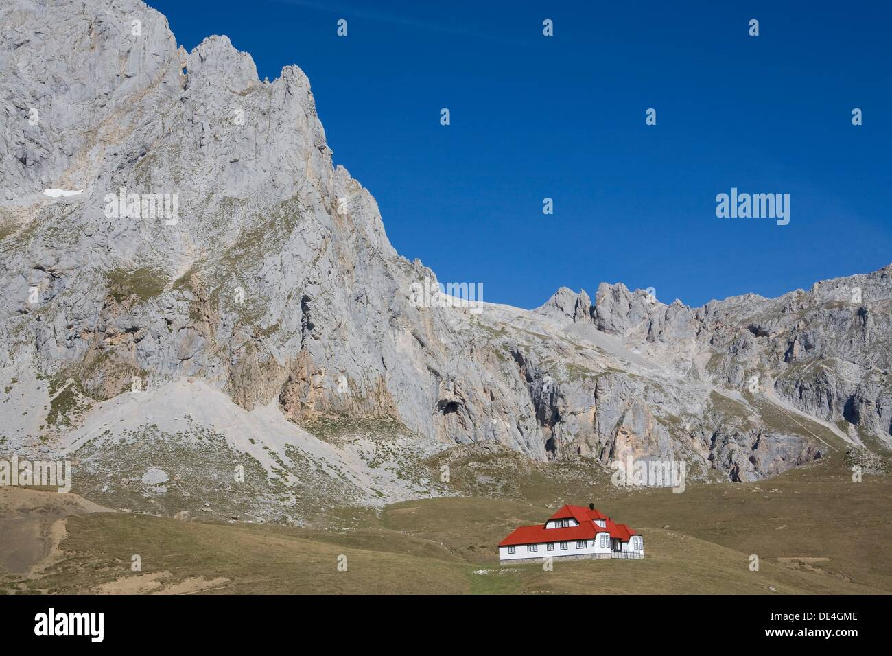 Chalet Real in the Urrieles massif of the Picos de Europa National Park, Cantabria, Spain - Stock Image