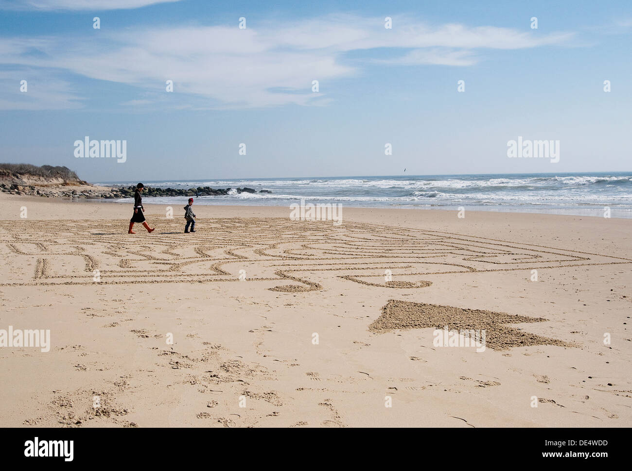 people walking in beach maze on Ditch Plains beach, Montauk, NY. - Stock Image