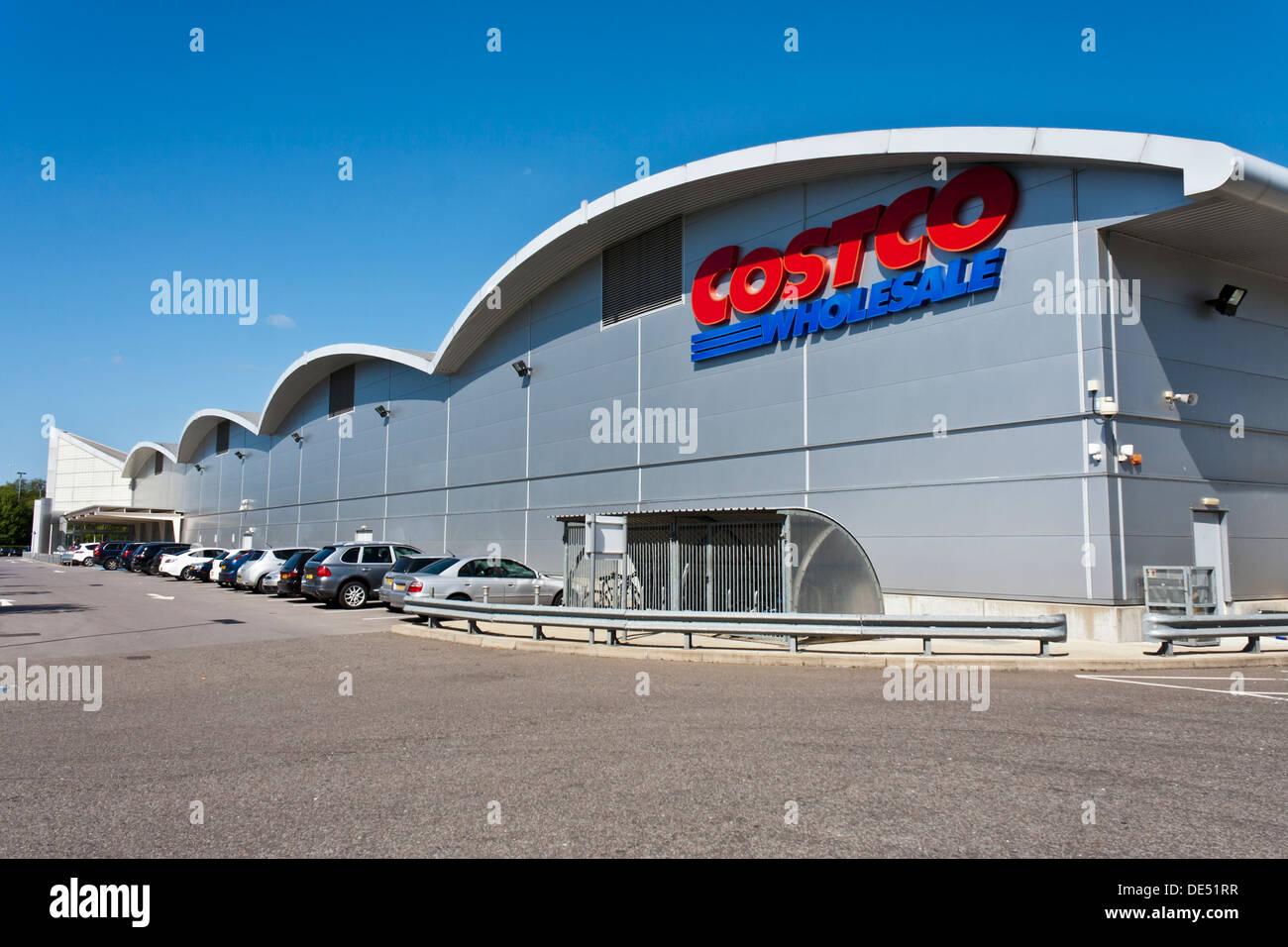 1c274447b4 Costco Discount Stock Photos   Costco Discount Stock Images - Alamy