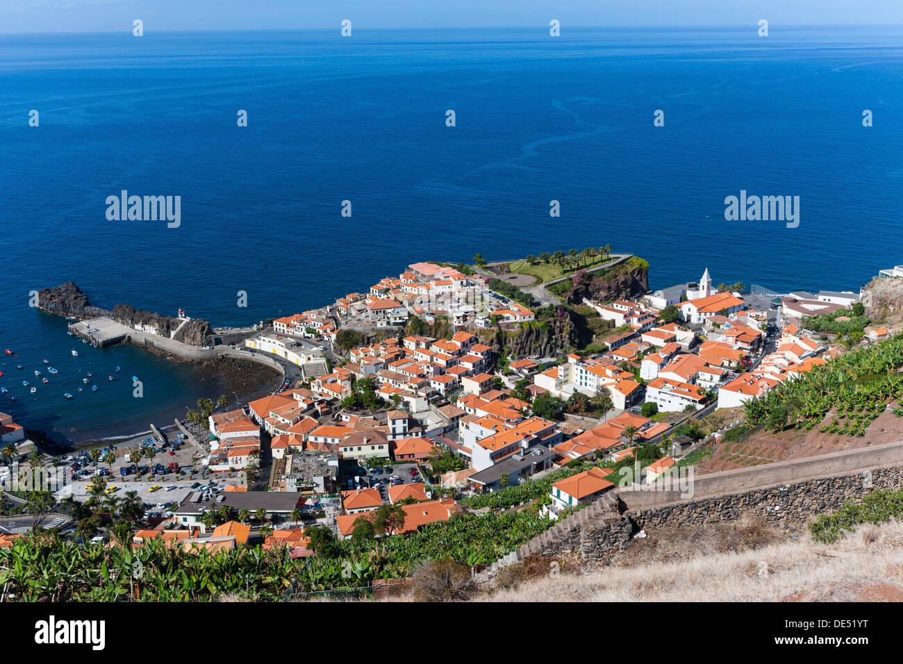 Townscape of Porto de Câmara de Lobos, Funchal, Porto de Camara de Lobos, Ilha da Madeira, Portugal - Stock Image