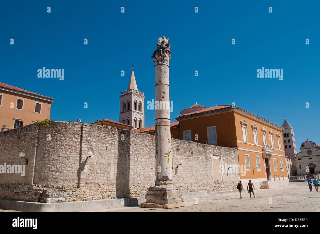 Pillar of Shame, Stup srama, in the historic Forum, Poljana, Zadar, Croatia - Stock Image