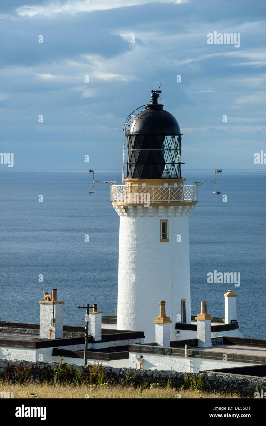 Lighthouse, Dunnet Head peninsula, northern coast of Scotland, Scotland, United Kingdom, Europe - Stock Image