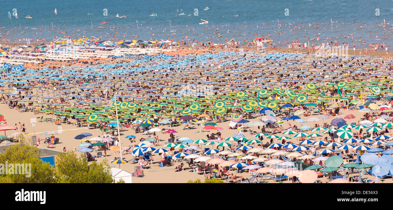 View of the beach with parasols and sun loungers, Lignano Sabbiadoro, Udine, Adriatic Coast, Italy, Europe Stock Photo