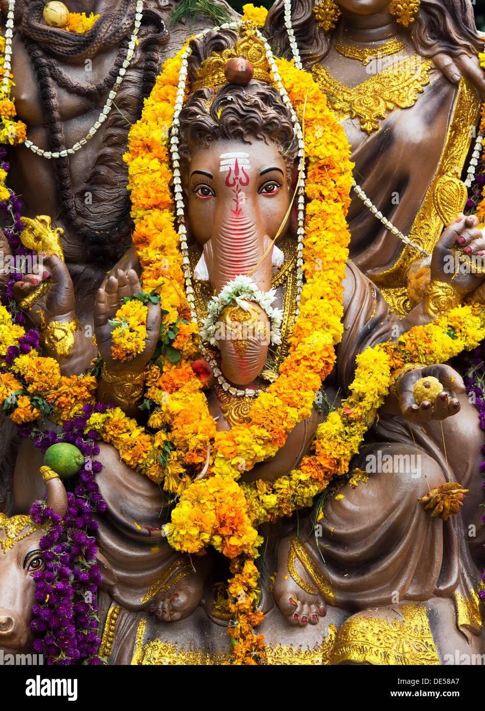 Hindu Elephant God Lord Ganesha Statue Ganesha Chaturthi