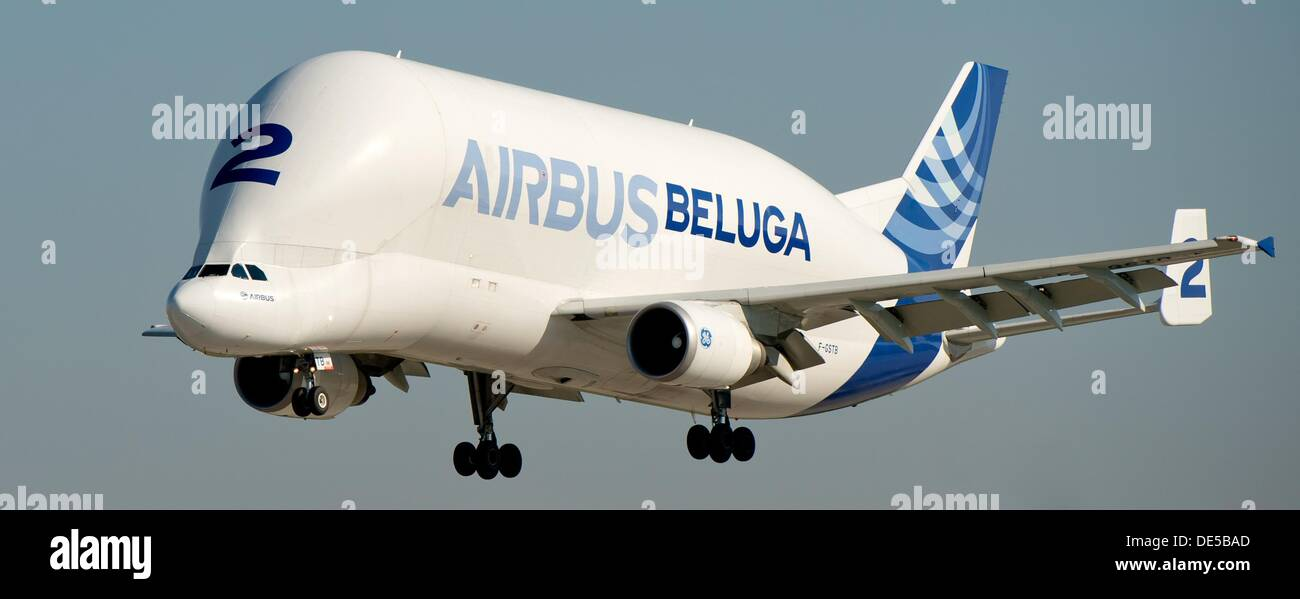 An Airbus Beluga arrives at the production site of airbus in Hamburg-Finkenwerder, Germany, 6 September 2013. The Airbus A300-600ST Beluga is a twin-jet engine cargo aircraft of Airbus S.A.S. Photo: Sven Hoppe - Stock Image