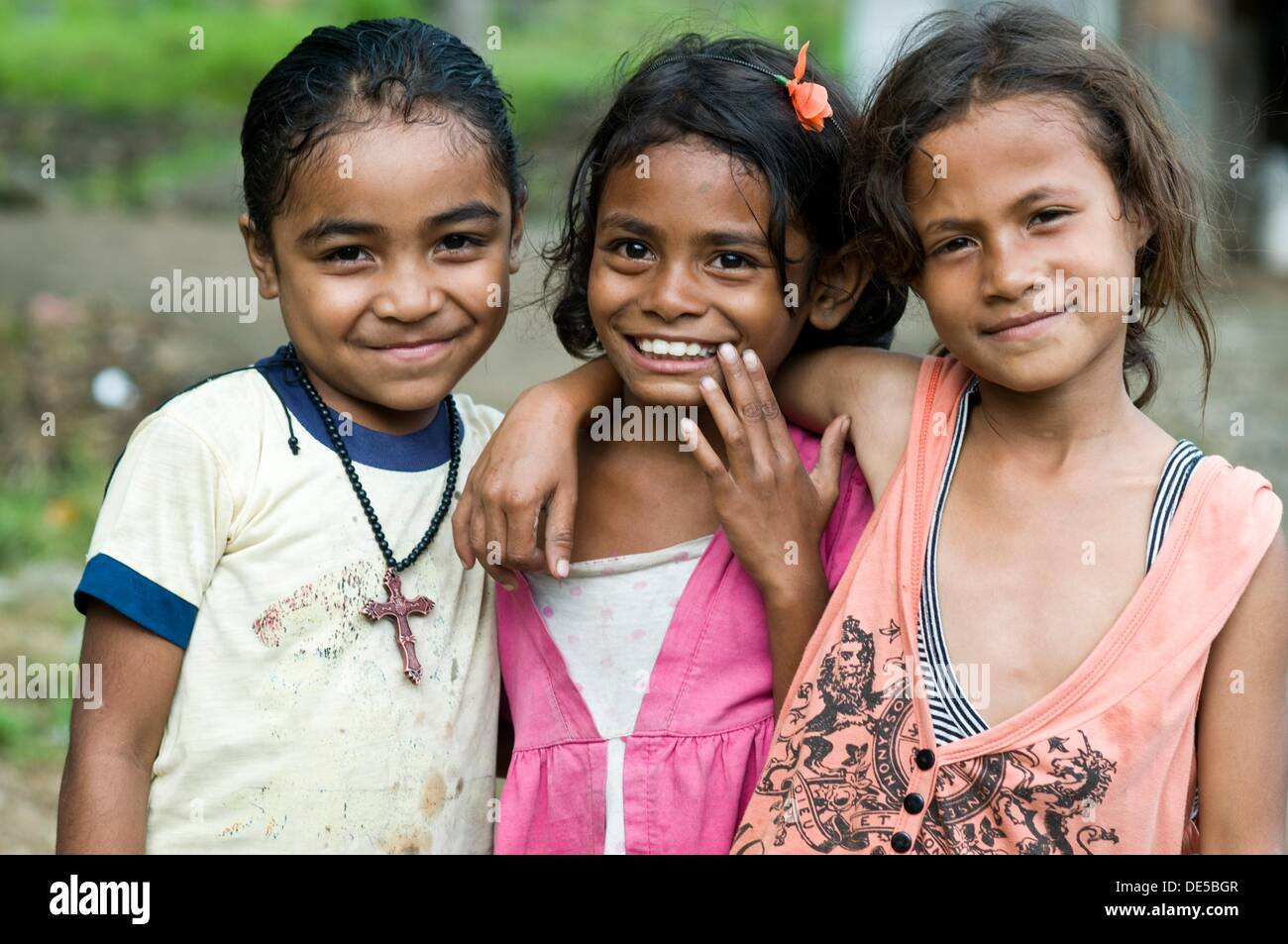Girls Moni Flores Indonesia Stock Photo 60355143 Alamy
